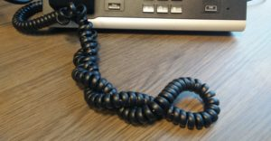 gekrulde telefoonsnoer